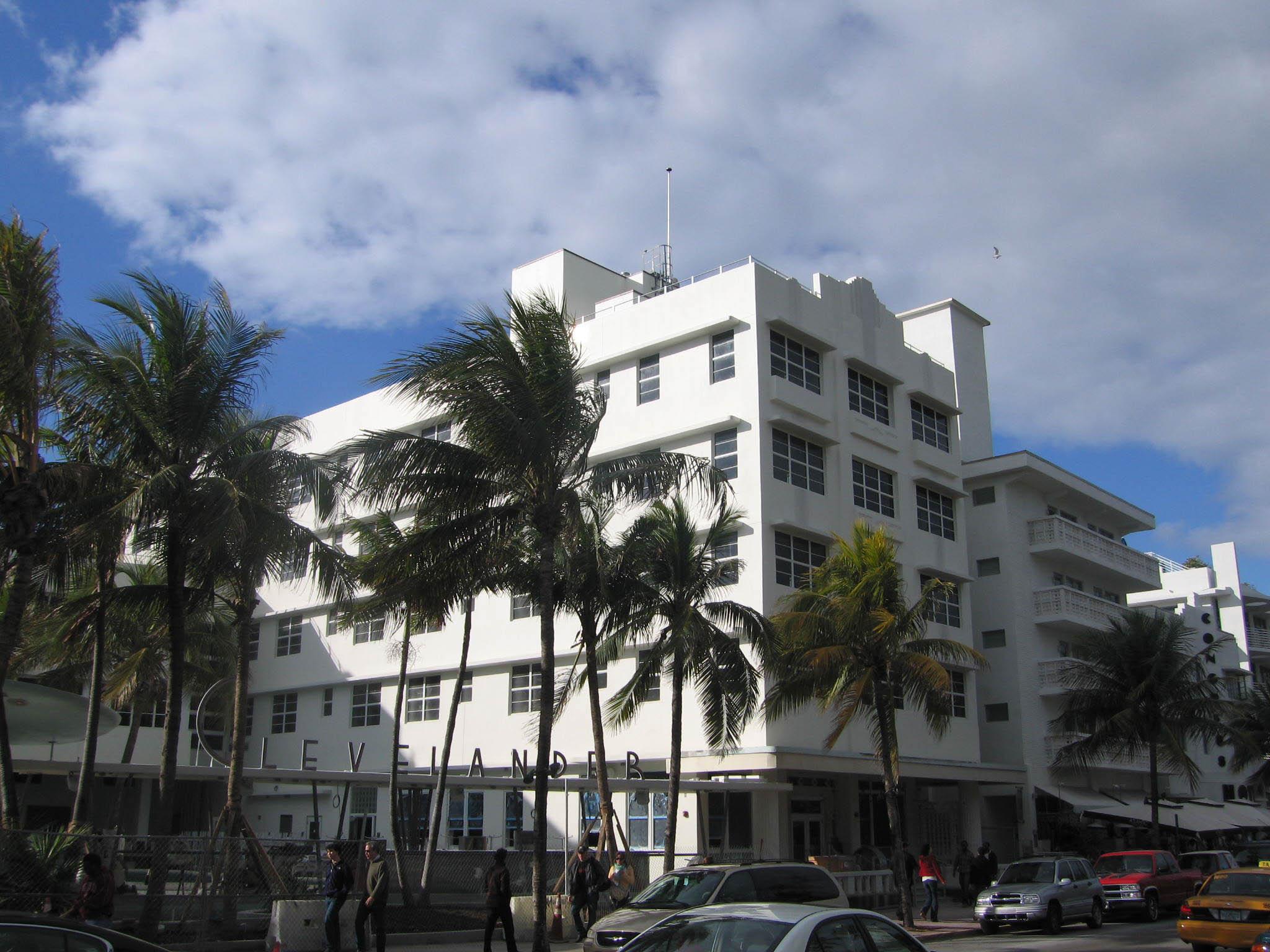 Art Deco Miami Beach-1